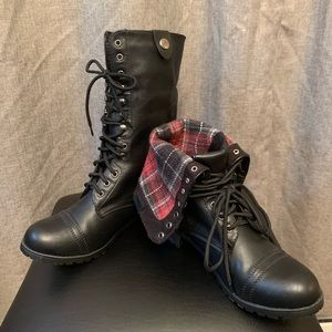Flannel Combat Boot Chic